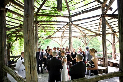outdoor wedding venues central new york angie jordy s musical heavily tattooed central park wedding 183 rock n roll
