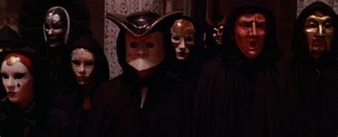 film tom cruise in maschera eyes wide shut the drunken odyssey