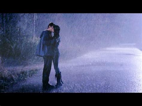 imagenes de amor bajo la lluvia besos bajo la lluvia hermoso poema de amor para