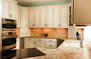 Colors For Kitchen Cabinets by Choosing The Most Popular Kitchen Cabinet Colors 2014