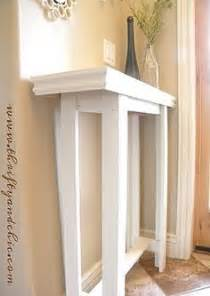 Diy Small Table by 1000 Ideas About Small Entryway Tables On Pinterest