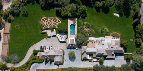 hope house bob hope s house in toluca lake calif had enough room for nixon to land a