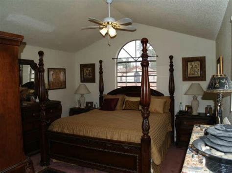 how to declutter your bedroom fast declutter your bedroom