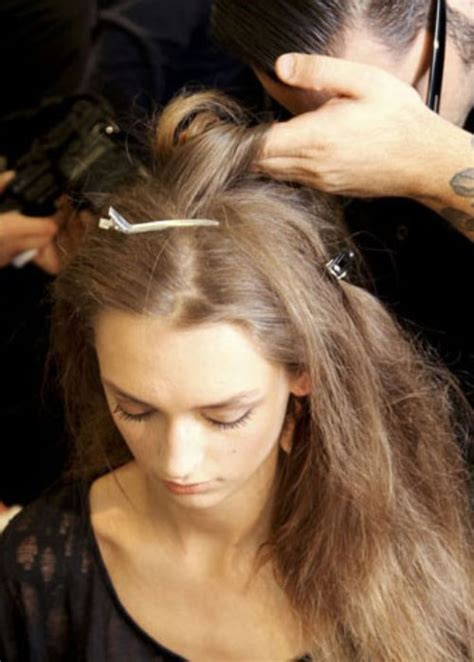 tutorial blow rambut dengan catok cara meluruskan rambut tanpa merusak rambut