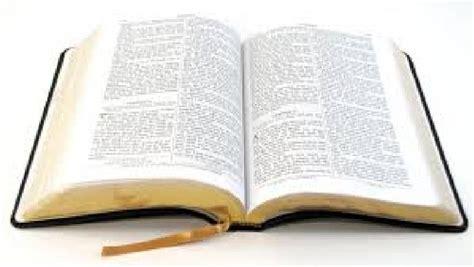 una biblia salv 211 a la mujer de eagle pass de recibir un