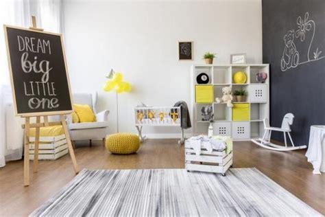 arredare cameretta bimbo decorare le pareti di una cameretta bambini
