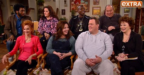 on mike and molly mccarthy and the cast of mike and molly series finale extratv