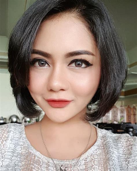 Rambut Palsu Asli 10 bukti jenita janet makin cantik memesona tanpa rambut palsunya