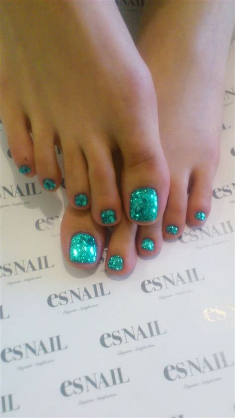 Best Pedicure by 25 Best Ideas About Pedicure Colors On Summer