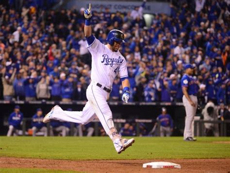 alex gordon agrees to deal with royals baseball essential