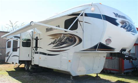 Fifth Wheel Awnings by 2010 Keystone Montana 4 Slides Hickory Edition Ebay
