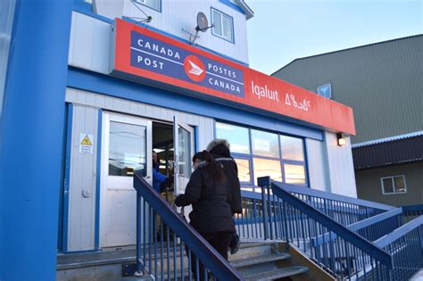 Santa Post Office Hours by Nunatsiaqonline 2015 12 08 News Shop And Ship Early To