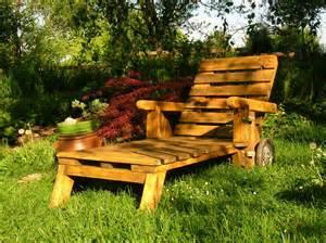 mobiliers de jardin construits en palettes recycl 233 es