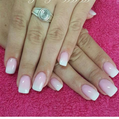 Eyeshadow Zetten these white and pink ombre acrylic nails nails ombre acrylics and makeup
