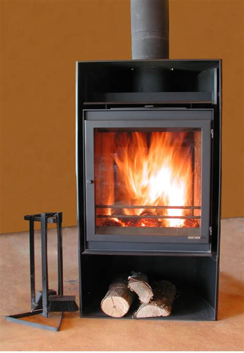 what is a freestanding woodstove and how you vent it