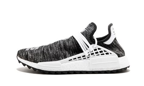 Adidas Nmd Pw Hu Clouds Mood detailed images of the pharrell x adidas nmd hu quot cloud moon quot sneakerwhorez