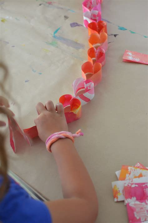 paper chain crafts 12 of the most easy s crafts for