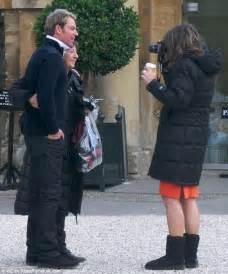 Date Set For Hurley Wedding by Shane Warne Surprises Elizabeth Hurley On The Set Of
