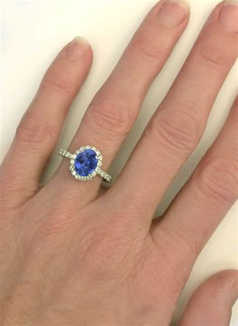 Colour Change Safir Sapphire color change sapphire and halo ring in 14k