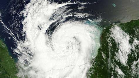 imagenes satelitales rusia video la nasa publica im 225 genes satelitales del hurac 225 n