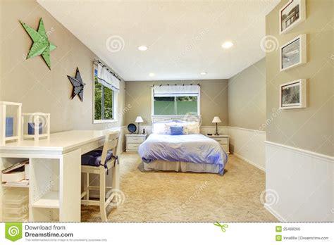 chambre bébé bleu et blanc idees de cuisine moderne sur un budget