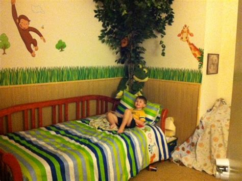 curious george bedroom ideas 1000 ideas about jungle room themes on pinterest jungle