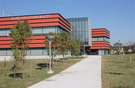 Towson Collehe Of Business Mba by Towson In Northeastern Maryland Gets Ground