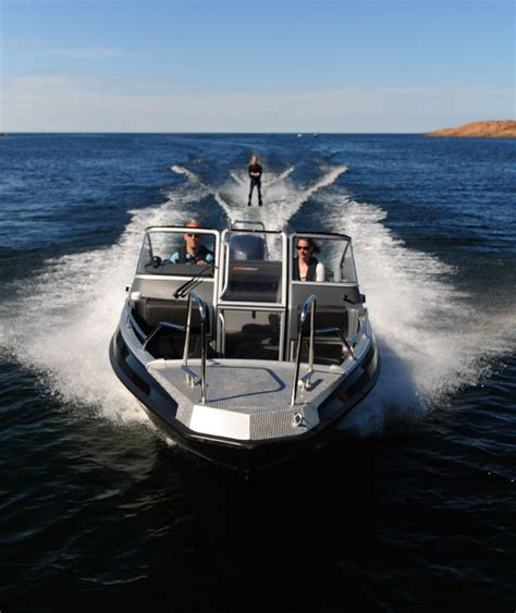 buster boat dealers research 2014 buster boats supermagnum on iboats