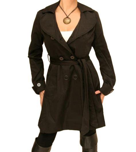 black  quarter length mac coat