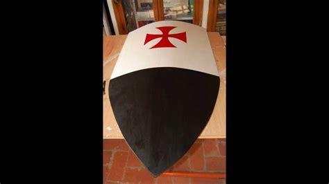 como hacer un escudo material resiclave escudo medieval youtube