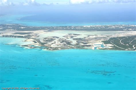 boat log in southern region southern providenciales island turks and caicos