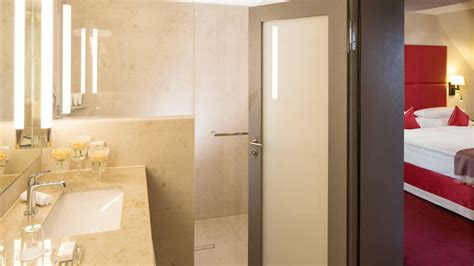 badezimmer frankfurt bild quot junior suite badezimmer quot zu kempinski hotel