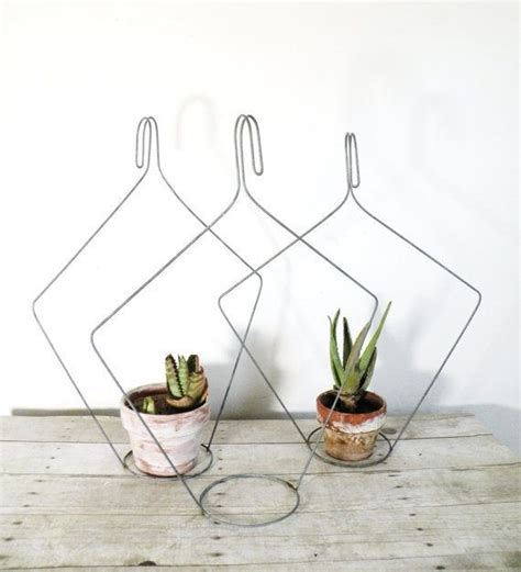 Potted Plant Hangers - plant pot hangers yeswecan