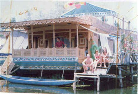 boat house kashmir kashmir tour package kashmir sonamarg delhi to srinagar pahalgam tour srinagar houseboat tour