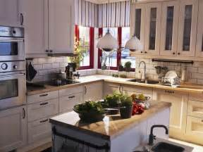 exceptional Kitchen Backsplash Photos White Cabinets #8: traditional-kitchen.jpg