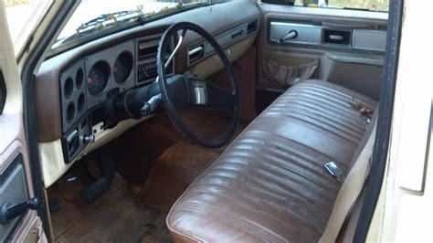 1978 Chevy Truck Interior by 1978 Chevrolet Suburban Interior Pictures Cargurus