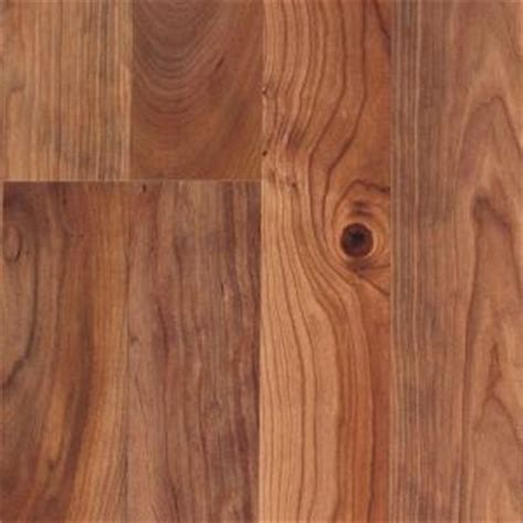 laminate flooring on sale at home depot laminate flooring home depot laminate flooring pergo