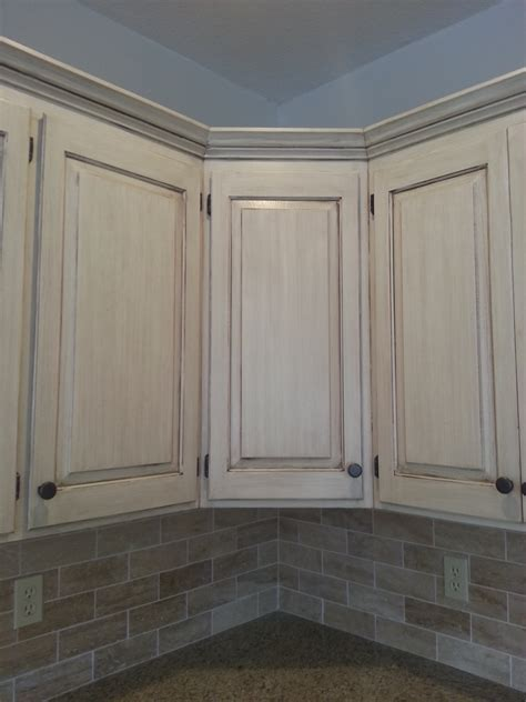 White Wood Stain Kitchen Cabinets Learn To Paint A Cabinet With Glaze The Magic Brush
