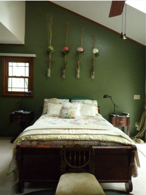 dark green paint bedroom 26 dreamy spring bedroom d 233 cor ideas digsdigs
