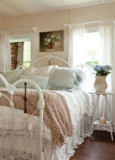 shabby chic master bedroom 986 best images about dreamy bedrooms on pinterest