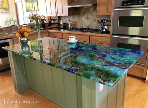 Outdoor Kitchen Backsplash Ideas 25 best ideas about glass countertops on pinterest
