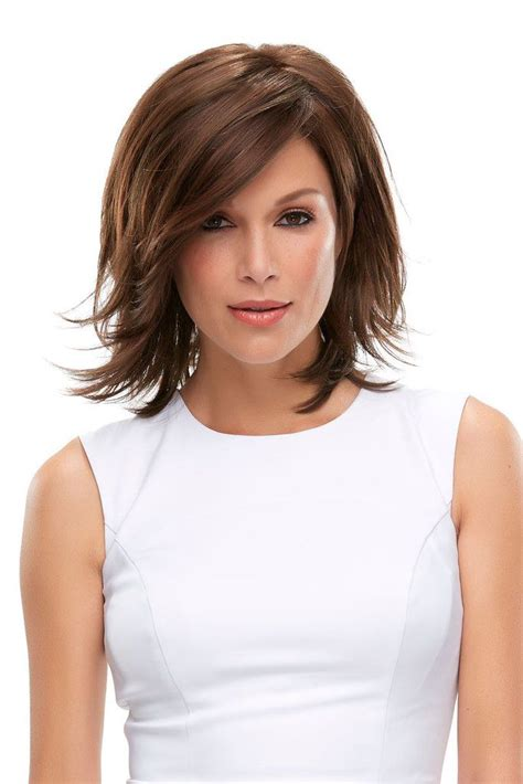 haircut short weigh 25 best ideas about bob hairstyles with bangs on