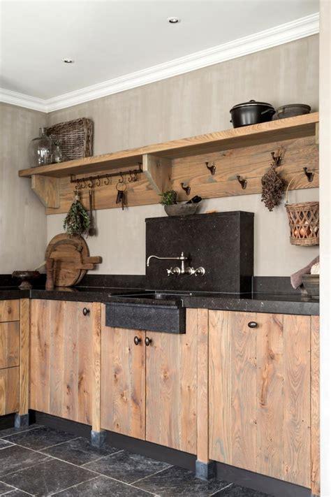 houten planken keuken eiken houten keukens