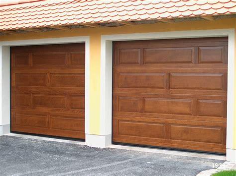 portone sezionale portone sezionale in legno breda wood line top