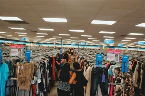 7 Affordable To Shop At by Where To Buy Cheap Clothes In Las Vegas Trip Tips Las Vegas