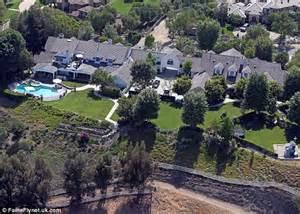 Kris Kardashian Home Decor by Jennifer Lopez Lists Her Nine Bedroom 17m Mansion Near