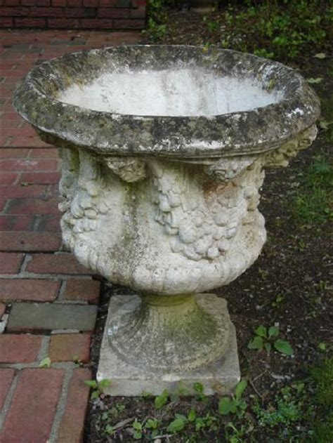 Decorative Rock For Sale by Pair Of Decorative Planters On Plinths Crt4086661