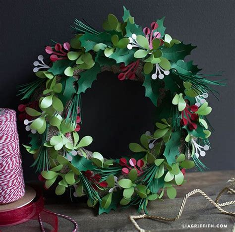 printable paper holly wreath metallic paper holly and mistletoe wreath mistletoe