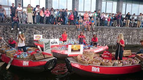 bootje supermarkt nieuws eerste drijvende supermarkt sail merkactivatie