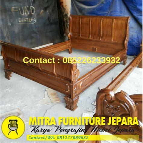 Dipan Ukir Kayu Jati dipan jati ukir jepara mebel jepara minimalis toko furniture jati ukir furniture jati